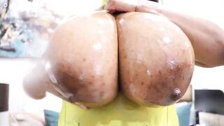Free HD huge boob solo Videos - Big Tits Vids